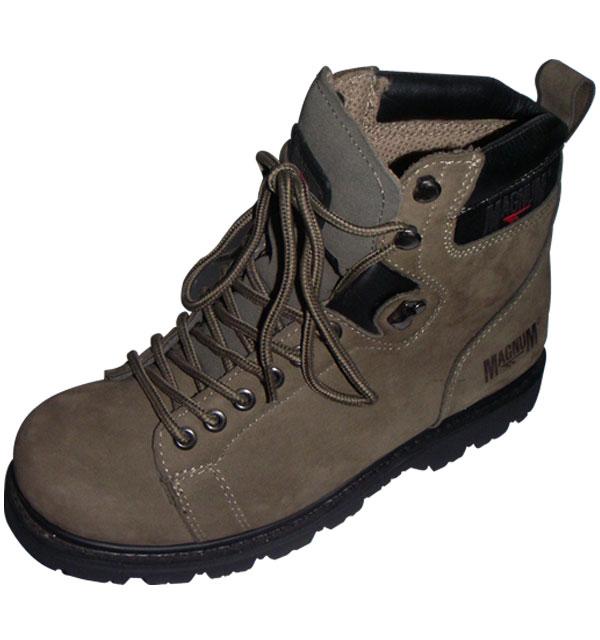 sepatu-magnum-01.jpg